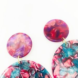 CLOSET REHAB Jewelry - Circle Drop Earrings in Pink and Blue w/ Pink Stud
